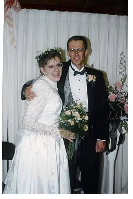 Need Extra Cash Sell Your Wedding Dress Money Families Com