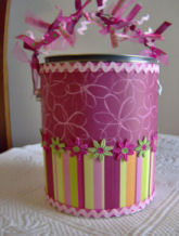 scrapbooking altered art paint can